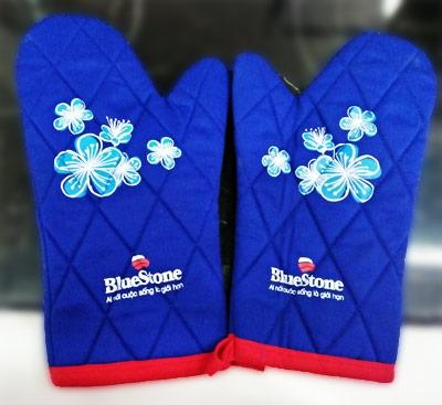 bluestonevn.com tặng găng tay chống nóng