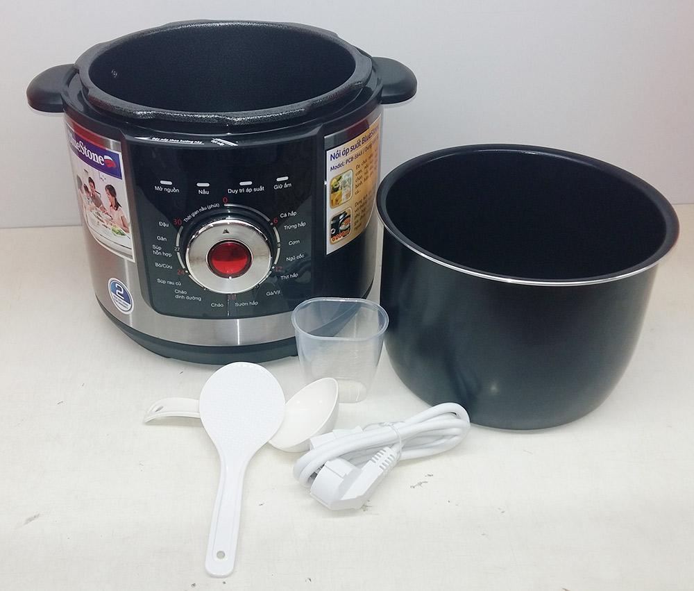 Nồi áp suất điện Bluestone PCB 5645 đa năng lòng nồi được làm bằng Ceramic an toàn