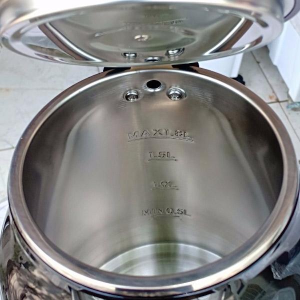 Lòng ấm có vạch giới hạn nước của ấmBlueStone KTB-3369